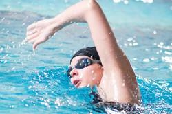 Плавание в бассейне для укрепления легких и бронхов